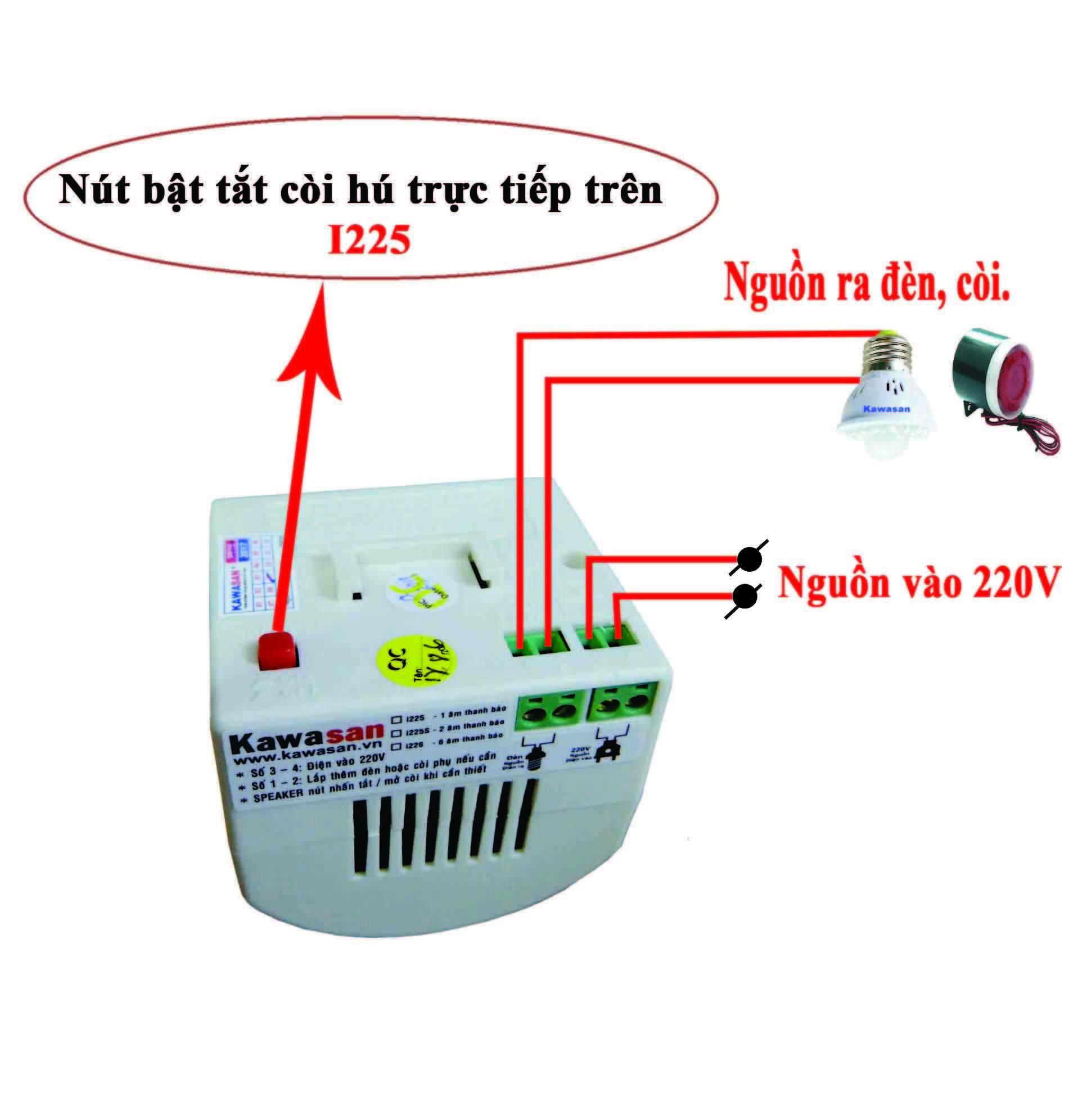 Mặt sau báo động có ngõ ra kết nối với đèn chiếu sáng hoặc còi báo phụ